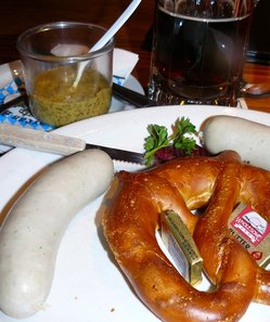 Weisswurst w pretzel at AndreasKeller.JPG